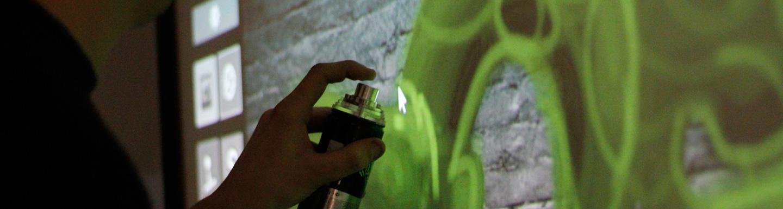 digitale Live Kunst an der digitallwall oder mit Lichtinstallation und den Urban Artists