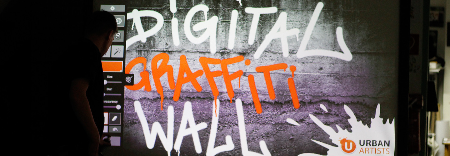 digitale-graffiti-mauer-wand-urban-artists-event-workshop-festival-slide4