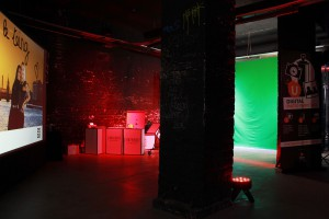Setup der Digital Graffiti Wall + Photobooth von Urban Artists für Givenchy