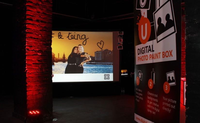 Digitale Graffitiwand mit Photobooth für Givenchy in der alten Münze, Berlin Mitte