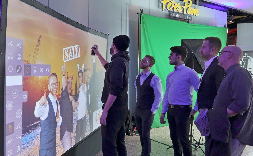 Digitale Graffiti Wand mit Photobooth zum einjährigen Bestehen der East Side Mall